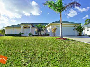 3832 SW 14th Pl , Cape Coral FL