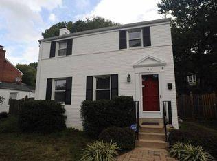 1431 N Longfellow St , Arlington VA