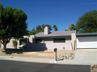1090 E El Conquistador , Palm Springs CA
