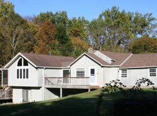22 Wolfpits Rd , Bethel CT