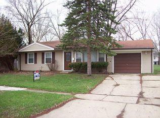 406 Concord Dr , Streamwood IL