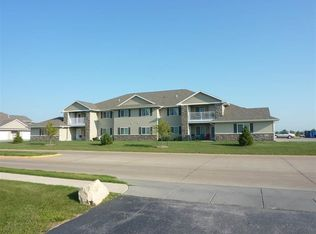 300 E Franklin St Apt 201, Eldridge IA