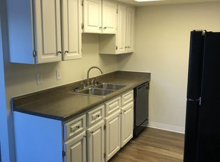 APT: 2 Bed 1 Bath   Reserve At Oak Park In Arvada, CO | Zillow