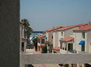 3231 Francois Dr , Huntington Beach CA