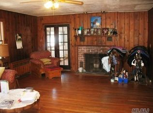 309 Burr Rd , East Northport NY