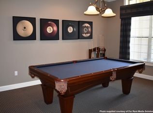 Four Pointe Apartments Columbus OH Zillow - Pool table movers columbus ohio