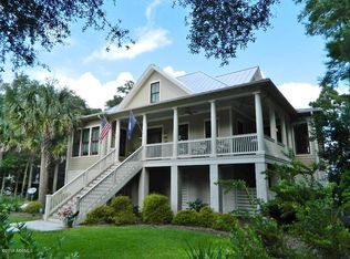 56 Downing Dr , Beaufort SC