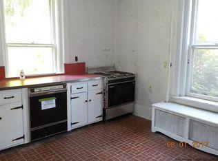 49 Maple Ave, Millbrook, NY 12545 | Zillow