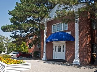 APT: 1 Bedroom - Pawtucket House in Riverside, RI | Zillow