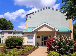 oakbrook terrace apartments orange va zillow. Black Bedroom Furniture Sets. Home Design Ideas