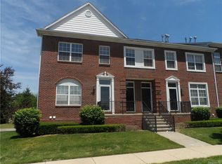 14357 Vauxhall Dr , Sterling Heights MI