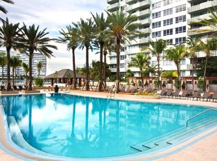 Flamingo South Beach North And Towers Apartment Als Miami Fl Zillow
