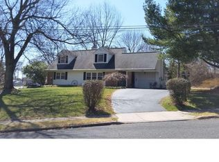 322 Coventry Ln , Warminster PA