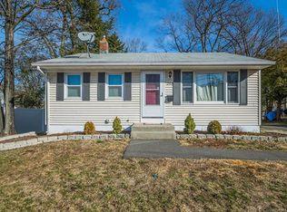 280 Pondview Dr , Southington CT