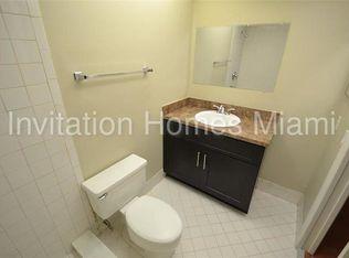NE Th Pl APT Pompano Beach FL Zillow - Bathroom place pompano beach fl