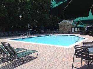 Mayfair Gardens Apartment Rentals - Commack, NY