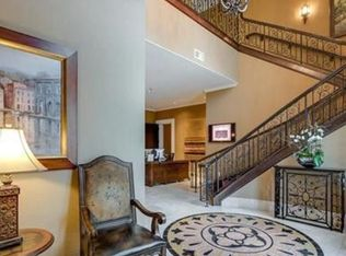 apt the sorrento luxurious fully furnished ph in preston hollow