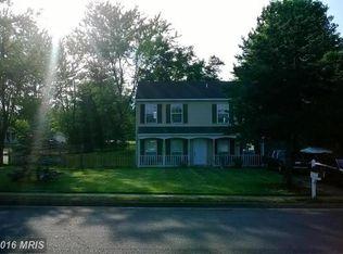 5834 Riverside Dr , Woodbridge VA