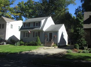 41 S Mitchell Ave, Livingston, NJ 07039 | Zillow