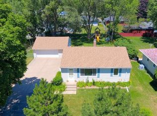 1703 Hillview Rd , Shoreview MN