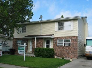 758 Great Plains Ct , Grand Forks ND