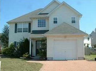50 Dolphin Cir W , Bayville NJ