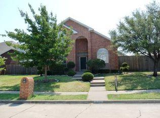 4204 Capstone Dr , Carrollton TX
