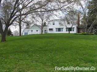 319 Main St , Wrightstown WI