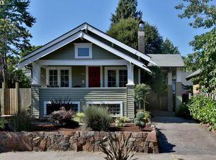 3537 NE Schuyler St , Portland OR