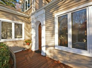 23 Center Dr, Old Greenwich, CT 06870 | Zillow