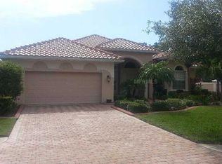 6430 42nd St E , Sarasota FL