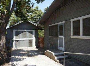 1045 E Palmyra Ave , Orange CA