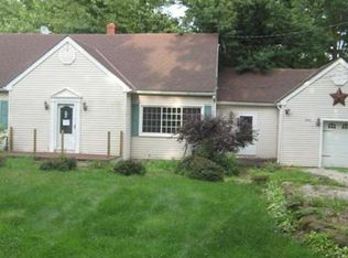 253 N Messner Rd , New Franklin OH