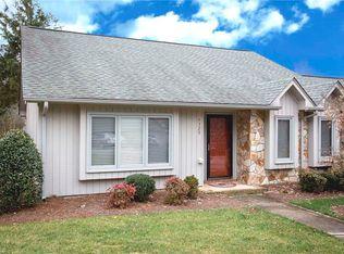 4329 Sullivans Lake Dr , Greensboro NC