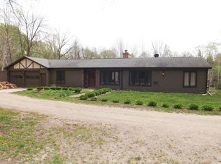 6558 Military Rd , Lena WI