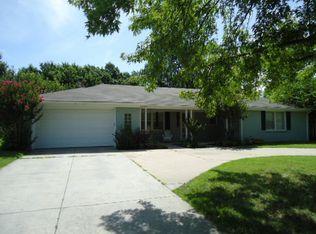146 N Edgemoor St , Wichita KS