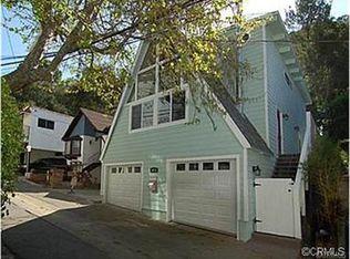 9828 Yoakum Dr , Beverly Hills CA
