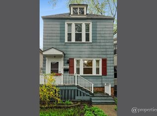 1509 W Highland Ave , Chicago IL