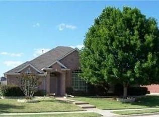 1332 Greenway Park Dr , Carrollton TX