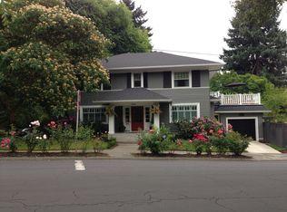 2534 NE Regents Dr , Portland OR