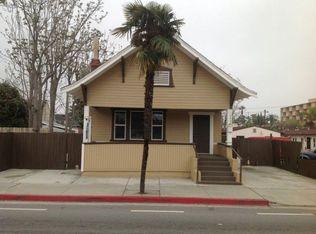 3442 3rd St , Riverside CA