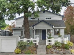 1005 SE Harney St , Portland OR