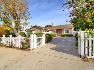 5720 Vanalden Ave , Tarzana CA