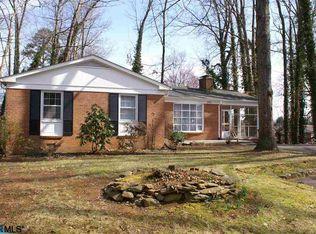 106 Inglewood Ct , Charlottesville VA