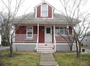 123 Warwick Rd , Pawtucket RI