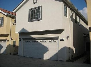 8425 Burnet Ave Apt 2, North Hills CA