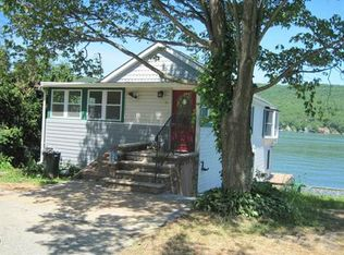 8 Wendy Way Greenwood Lake Ny 10925 Zillow