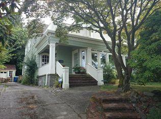 8912 Fauntleroy Way SW , Seattle WA