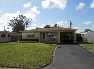 7020 SW 10th St , Pembroke Pines FL