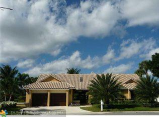2099 Woodlake Cir , Deerfield Beach FL